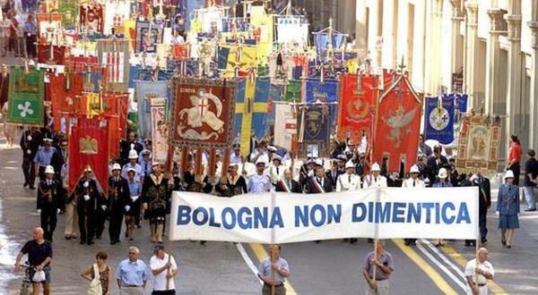 bologna-strage-manifestazione600